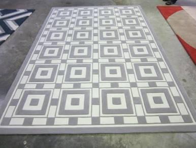 Modern Custom Design Hand Tufted Carpet New