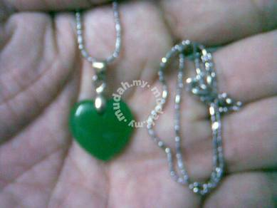 ABPJ-H012 Green Jade Heart Shape Love Pendant Neck