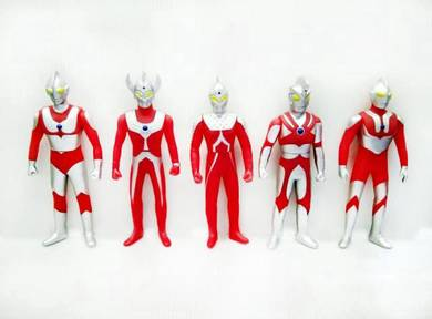 Ultraman Figurines FG115 (5 in 1 set)