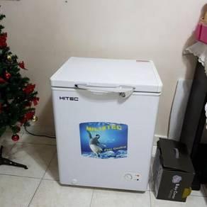 Freezer Peti Beku 110Liter/ Frozen Rumah-Hitec