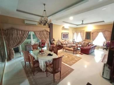 Fully renovated 3 sty bungalow corner lot taman desa meringin,sg ramal