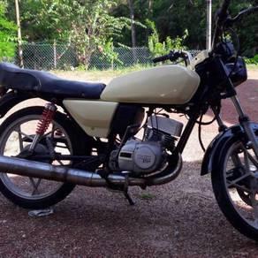 Suzuki trs118