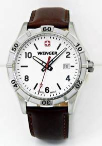 WENGER PLATOON Series Men Date Watch 01.0941.101