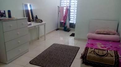 Harga runtuh: bilik sewa Seremban, middle, Suriaman, Sendayan