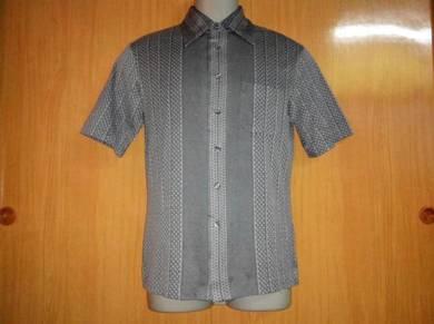 Vtg koler kemeja style shirt