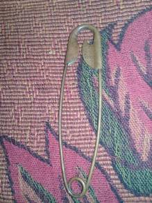 Kancing pin