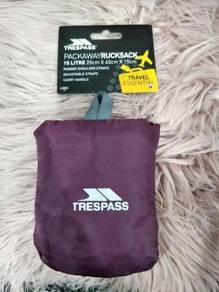 Trespass - Reverse 15 Litre Packaway Rucksack