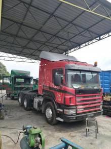 Prime mover volvo scania 6x2 10 tyre
