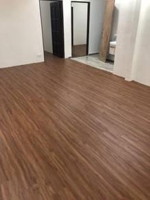 Laminate flooring vinyl