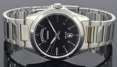Casio Men Date Stainless Steel Watch MTP-1370D-1A1