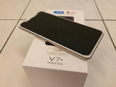 Vivo V7 Plus Gold 4GB Ram 64GB ROM