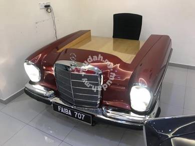 Mercedes Benz W 108 1968 Office Table