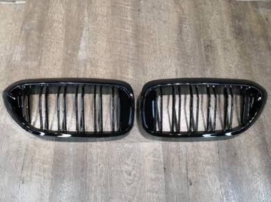 BMW G30 Double Fin Gloss Black Front Grille