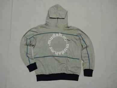 Wilson Hoodie Sweater. Saiz M. Made in Taiwan