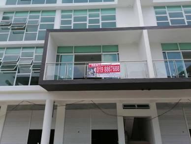 Gala City Shophouse For Rent