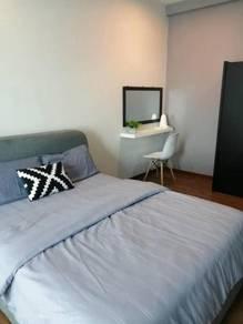 Zetapark 1 bedroom corner unit FULLY FURNISHED with 2 car park
