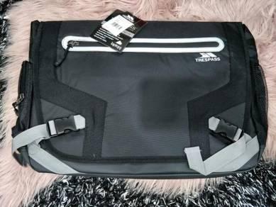 Trespass - Mackintosh Padded Laptop Bag Black