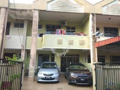 Teres 2 tingkat di Bandar Kuala Terengganu