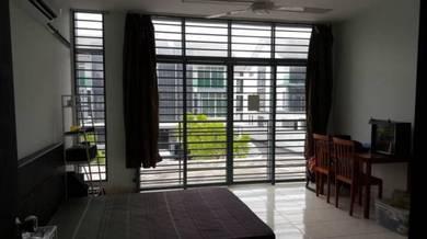 Harga runtuh: bilik sewa Puchong, Studio, Abadi Heights, balcony, IOI