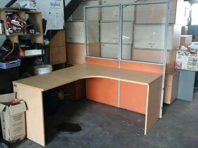 L shape office Table (used)