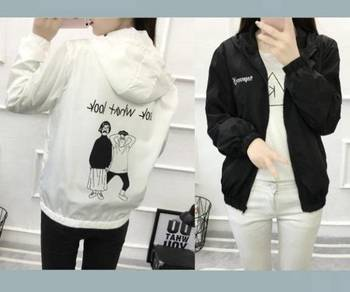 5424 Cartoon Printed Hooded Jacket (White)