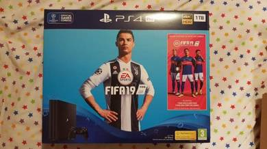 Sony PlayStation PS4 Pro 1TB Console wit fifa 19