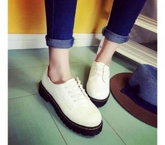 7813 British fashion Shoes