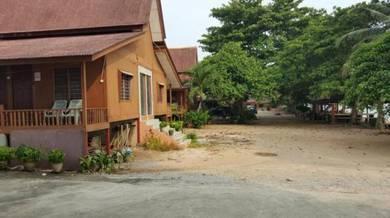Chalet D Pantai Pengkalan Balak Masjid Tanah