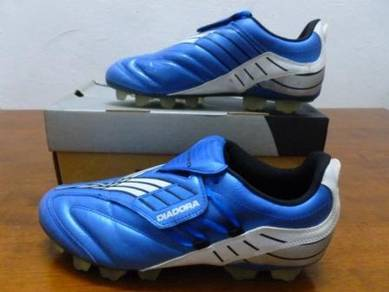 Kasut Bola DIADORA Blue Color size 7.5uk