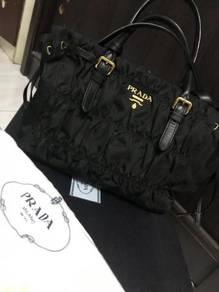Prada Handbag Tessuto Gaufre Nero 1BA101