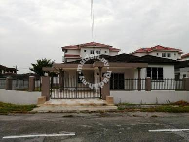 Single Storey Bangalow House at Taman Sinfar, Pasir Puteh
