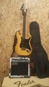 Full set OEM Stratocaster guitar & 15w amp (new)