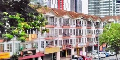 Park Avenue Shop Apartment Taman Tampoi Indah 2