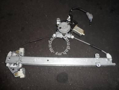 JDM Nissan X-Trail NT30 Front LH Power Window Gear