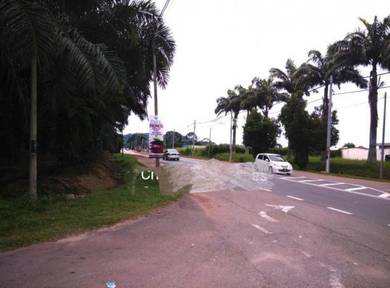 Main Road frontage PT YAANI to PT SULONG