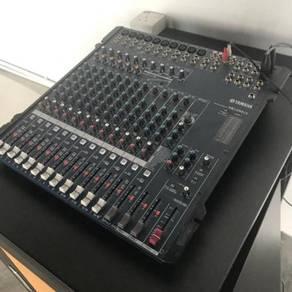 Yamaha MG166CX Mixer with 4 speaker set