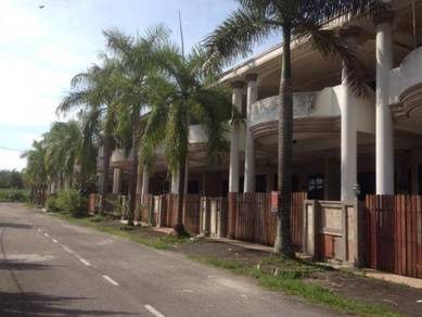 SUNGAI BAKAP 2.5 storey | 5 bedroom 3 bathroom. 3000SQFT