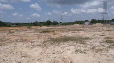 Superb 2.5acre Ind. Land along highway before Pulau Indah .Good Buy!!