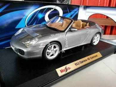 1-18 Porsche 911 carrera 4s cabriolet