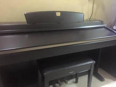 Piano untuk Dijual
