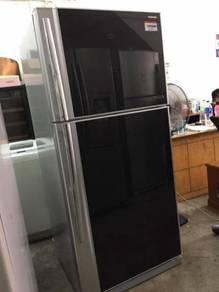 Toshiba 2 doors fridge Peti Sejuk Ais Refrigerator