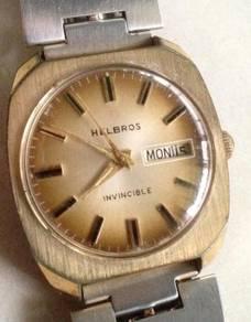 Jam Helbros Invincible Vintage unik Watch