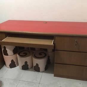 Counter Reception / Meja Guru