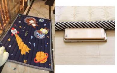 (KOREA) Outer Space Kids Thick play Mat (Selimut