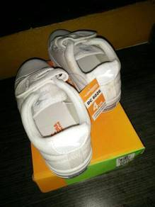 Diadora New primary school shoes