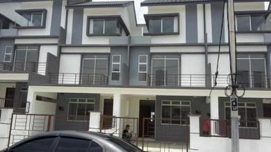 2.5 Storey Jalan Tiong / Taman Scientex / Pasir Gudang / Below Market