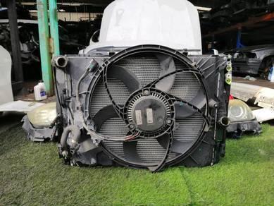 Bmw e90 LCI Radiator with fan & Condenser 1set