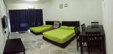 Hasimah GuestHouse Indera Mahkota 6B