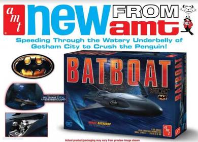 1/25 Batman Batboat From AMT Code: AMT1025