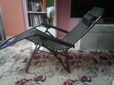 Kerusi malas flexible dari 100